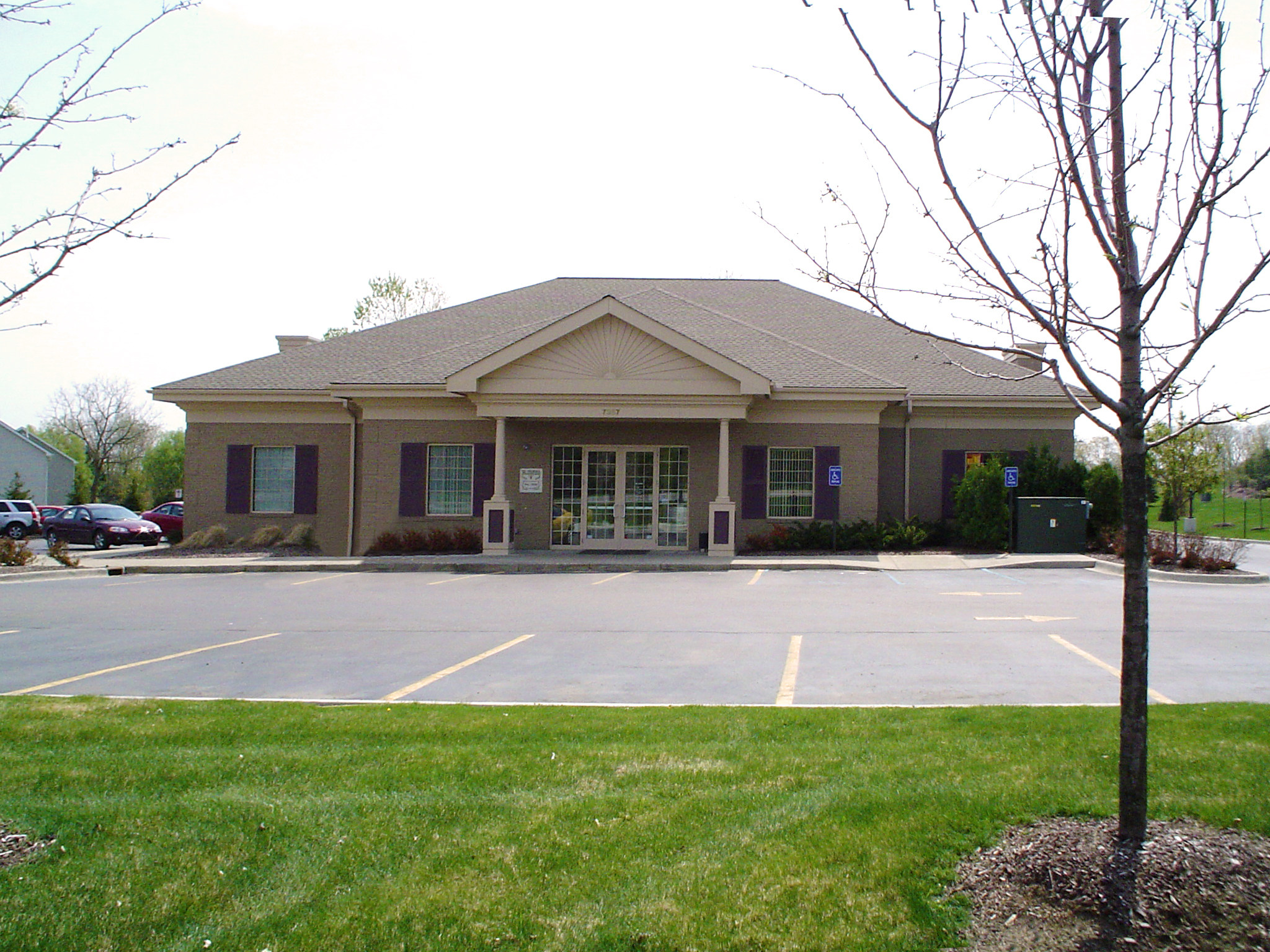 Photograph of Genisys Credit Union's Clarkston - Deer Lake Branch