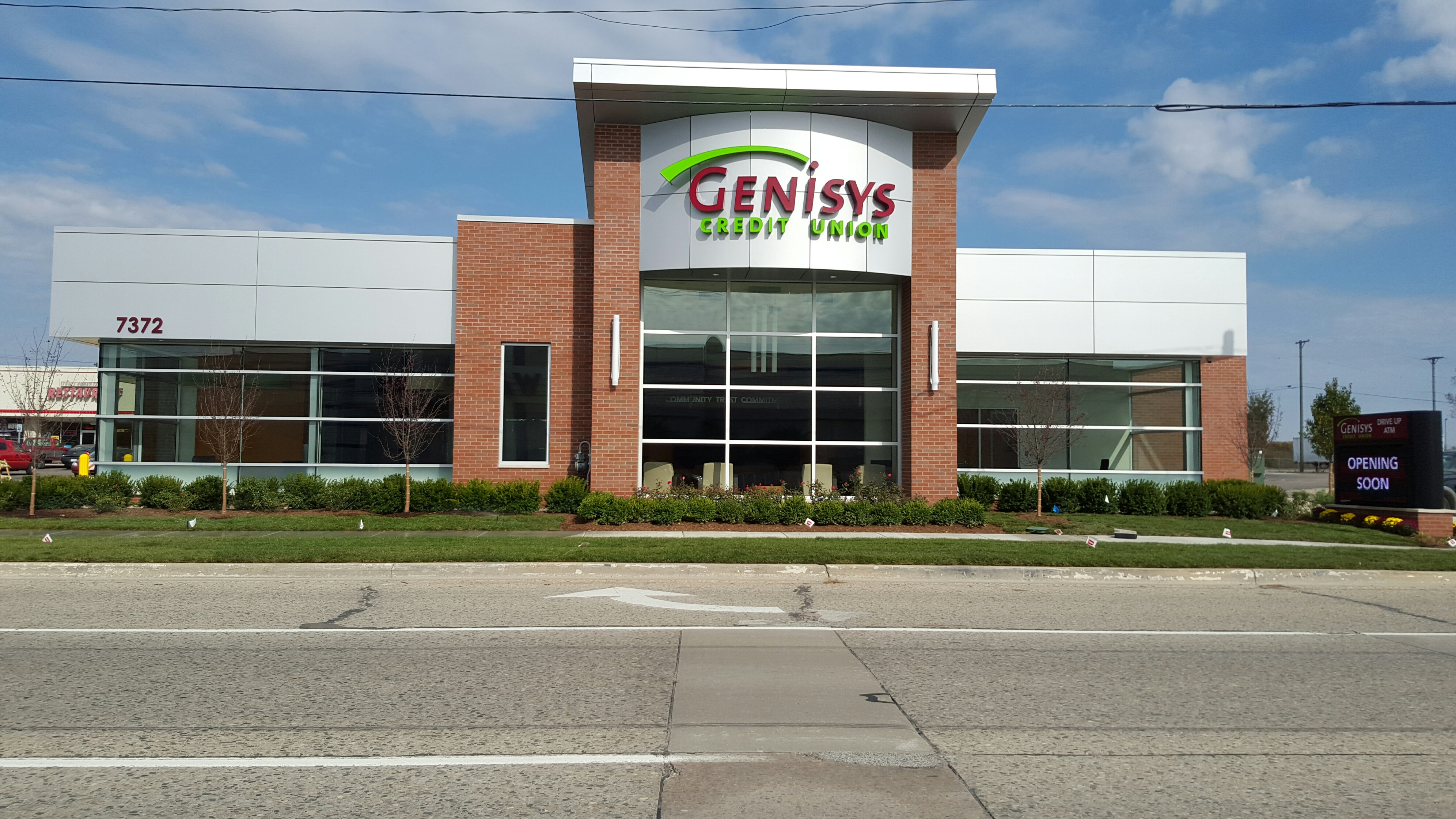 Genisys Credit Union in Waterford, MI - M-59 Branch